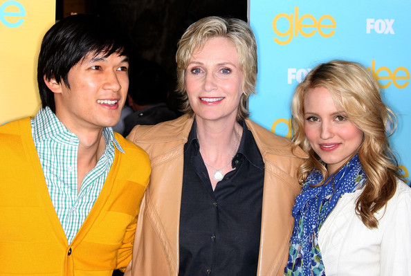 dianna agron glee premiere. Dianna Agron and Jane Lynch