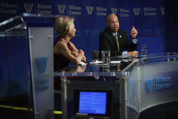 Jane Harman Jeh Johnson Delivers State of National Security Address
