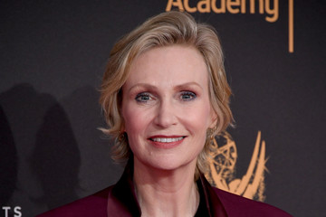 Jane Lynch 2017 Creative Arts Emmy Awards - Day 2 - Arrivals