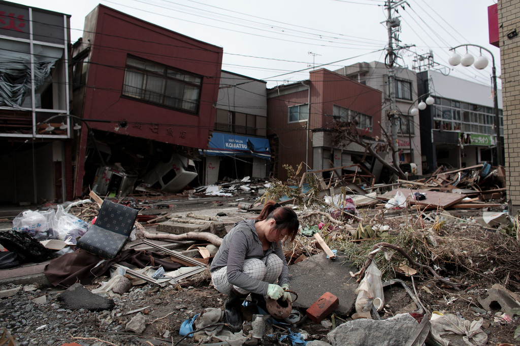 japan in crisis after earthquake and tsunami devastates