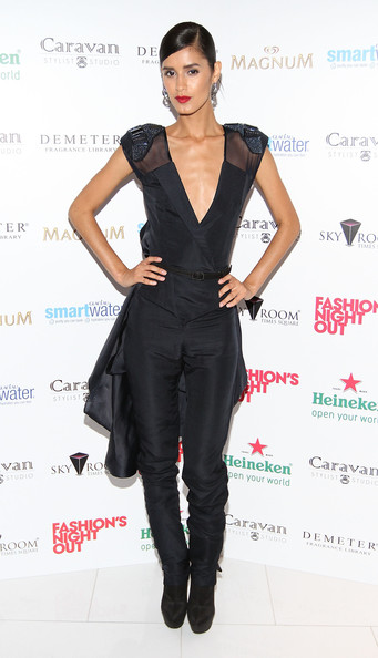 jaslene gonzalez dating Wanna be on top after 12 years and 22 cycles, america's next top model is finally ending its search for the next big thing the reality show, which debuted in may 2003, airs its series finale friday, dec 4, crowning one final top model.