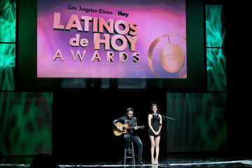 Jasmine V The Los Angeles Times and Hoy 2015 Latinos de Hoy Awards