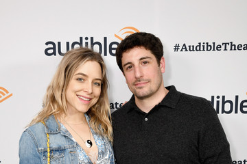 Jason Biggs Jenny Mollen Audible Theater Presents A Special Performance Of 'Legal Immigrant' Starring Alan Cumming At Minetta Lane Theatre