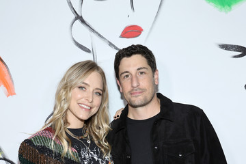 Jason Biggs Jenny Mollen alice + olivia By Stacey Bendet - September 2021 - New York Fashion Week: The Shows