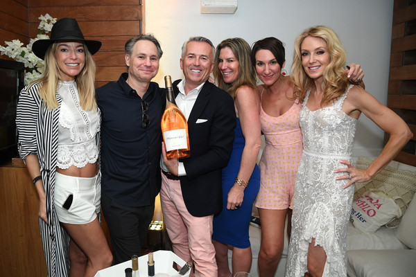 Rosé Day Miami [event,fashion,dress,fun,party,formal wear,fashion accessory,fashion design,ros\u00e3,miami,florida,hotel south beach,jason binn,guests,paul chevalier,shannon pastuszak,r]