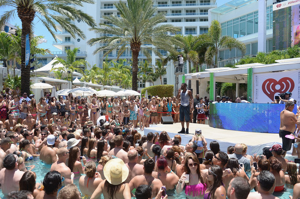 Jason derulo photos photos iheartradio ultimate pool for Ultimate pool show
