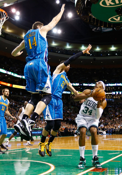 [BOSTON CELTICS] GREEN ARMY - Page 2 Jason+Smith+Austin+Rivers+New+Orleans+Hornets+P2zk6jXTVt8l