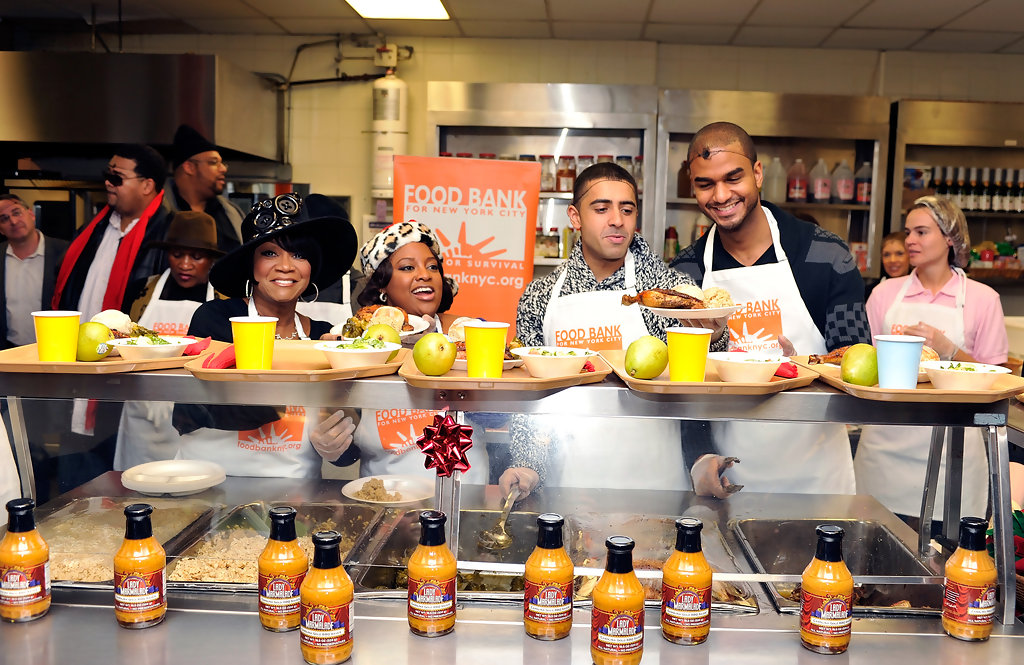 jay sean friends help the food bank for nyc give holiday