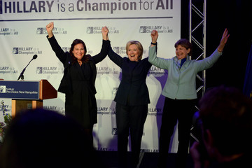 Jeanne Shaheen Hillary Clinton Attends Pro-Choice NH Roe v. Wade Dinner
