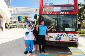 Jeff Conine Ride of Fame Inducts 1st Miami Honoree