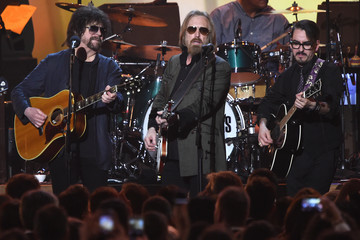 Jeff Lynne 59th Grammy Awards - MusiCares Person of the Year  - Show