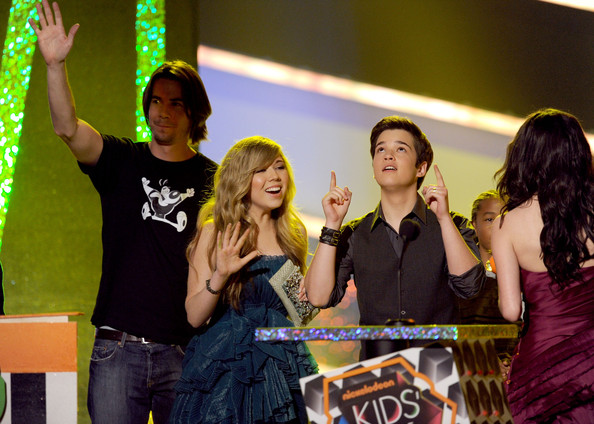 jennette mccurdy and nathan kress 2010. Nathan Kress and Jennette