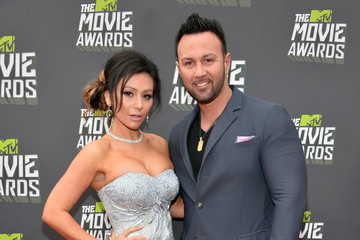 Jenni Farley Arrivals at the MTV Movie Awards 4