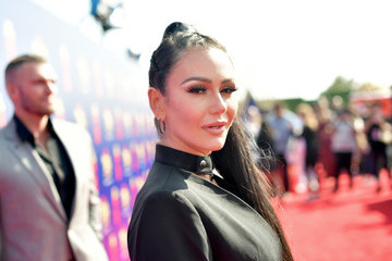 Jenni Farley 2019 MTV Movie And TV Awards - Red Carpet