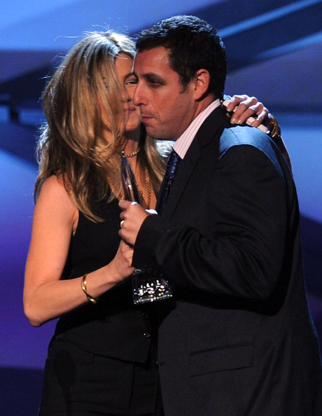 Jennifer Aniston Actress Jennifer Aniston (L) presents the favorite comedic