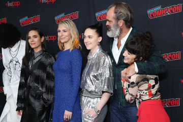Jennifer Connelly Mickey Sumner 'Snowpiercer' At New York Comic Con 2019