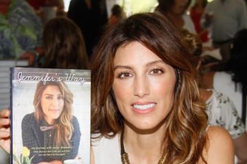 Jennifer Esposito East Hampton Library's Authors Night