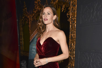 "Jennifer Garner Premiere Of IFC Films' ""The Tribes Of Palos Verdes"" - Red Carpet"