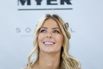Jennifer Hawkins Around Crown Oaks Day