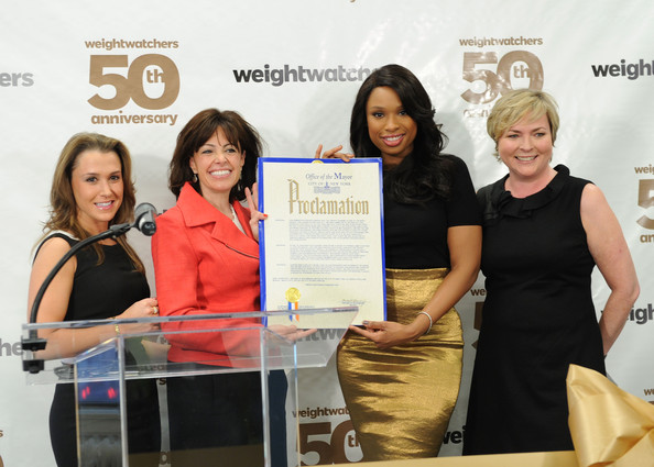 Jennifer Hudson (L-R) Heather Nidetch, Andrea Shapiro Davis, Jennifer Hudson, and Cheryl Callan celebrate Weight Watchers 50th anniversary with a Center dedication to company founder, Jean Nidetch at Weight Watchers Center NYC on March 25, 2013 in New York City.
