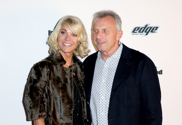 Sports Illustrated Experience Friday Night Party [sports illustrated,fashion,event,premiere,outerwear,smile,fashion design,joe montana,jennifer montana,r,experience,california,san francisco,party,nfl]