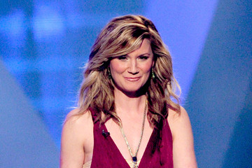 Jennifer Nettles ACM Presents Girls Night Out: Superstar Women Of Country - Show