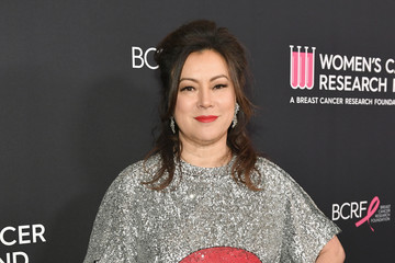 Jennifer Tilly WCRF's An Unforgettable Evening Presented By Saks Fifth Avenue - Red Carpet
