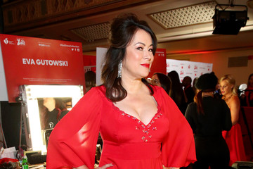 Jennifer Tilly 2020
