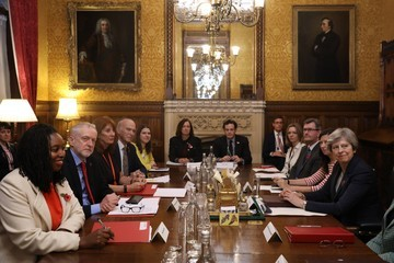 Jeremy Corbyn Theresa May Discusses Sexual Abuse Claims With Westminster Party Leaders