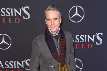 Jeremy Irons 'Assassin's Creed' New York Premiere - Red Carpet