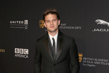 Jeremy Irvine BAFTA Los Angeles Jaguar Britannia Awards Presented By BBC America And United Airlines - Arrivals