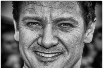 Jeremy Renner 'Mission Impossible - Rogue Nation' New York Premiere - InstaView
