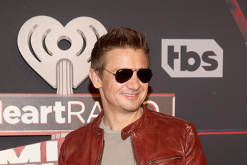 Jeremy Renner iHeartRadio Music Awards - Red Carpet Arrivals