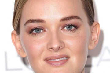 Jess Weixler ELLE's 24th Annual Women in Hollywood Celebration - Arrivals