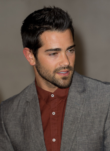 What s Jesse Metcalfe ...
