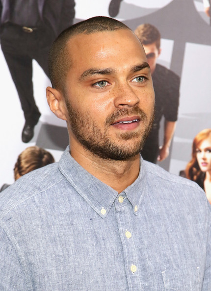 http://www1.pictures.zimbio.com/gi/Jesse+Williams+Now+See+Premieres+NYC+kp61Y7pSeazl.jpg