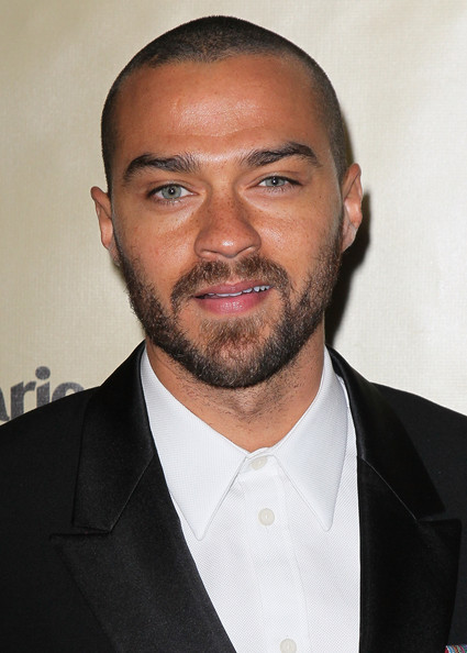 http://www1.pictures.zimbio.com/gi/Jesse+Williams+Weinstein+Company+2013+Golden+Nv_PzosNntdl.jpg