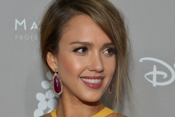 Jessica Alba 2015 Baby2Baby Gala Presented By MarulaOil & Kayne Capital Advisors Foundation Honoring Kerry Washington - Red Carpet