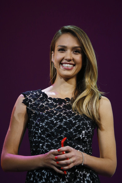 Jessica Alba - Windows Launches New Phone