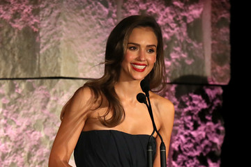 Jessica Alba Fifth Annual InStyle Awards - Inside