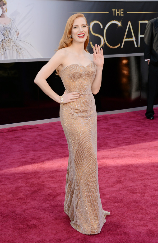 Jessica Chastain's Beaded Armani Prive Oscars Gown [PHOTOS]