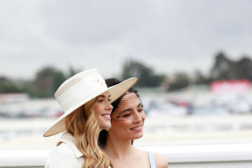 Jessica Gomes Victoria Lee Celebrities Attend 2018 Caulfield Cup Day
