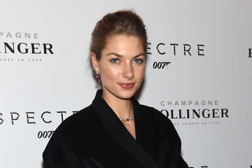 Jessica Hart 'Spectre' Pre-Release Screening Hosted By Champagne Bollinger With The Cinema Society - Arrivals