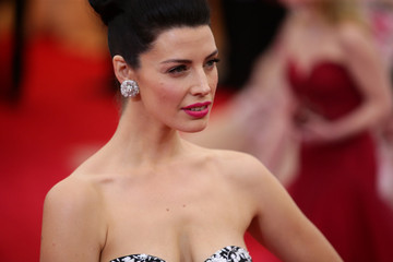 "Jessica Pare ""Charles James: Beyond Fashion"" Costume Institute Gala - Candids"