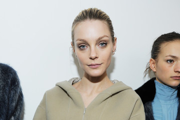 Jessica Stam Backstage at No21