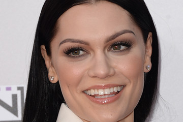 Jessie J Arrivals at the American Music Awards — Part 3