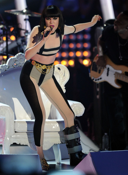 Jessie J - 2011 MTV Video Music Awards - Show