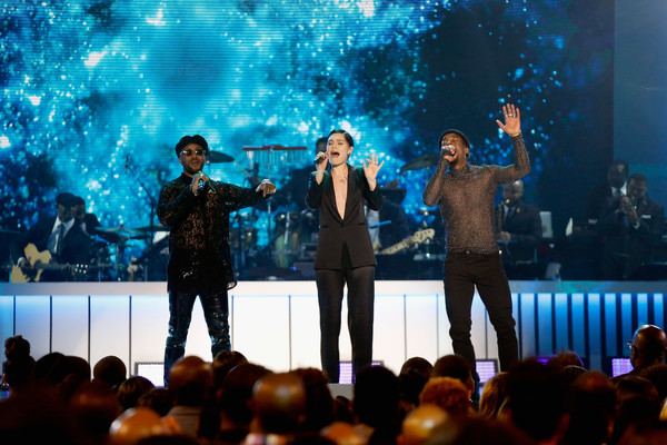 BET Presents: 2017 Soul Train Awards - Show [performance,entertainment,performing arts,concert,stage,event,music artist,public event,song,performance art,luke james,jessie j,ro james,l-r,orleans arena,las vegas,nevada,bet,bet presents: 2017 soul train awards,show]