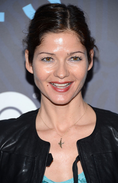 Jill hennessy hbo hosts the premiere of girls season 2 arrivals
