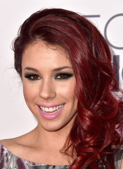Arrivals at the People's Choice Awards — Part 2 [hair,face,hairstyle,eyebrow,hair coloring,chin,forehead,red,lip,red hair,peoples choice awards,california,los angeles,nokia theatre la live,jillian rose reed,arrivals]